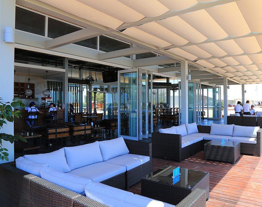 Azure-Beach-Clubhouse_deck_EKISTICS