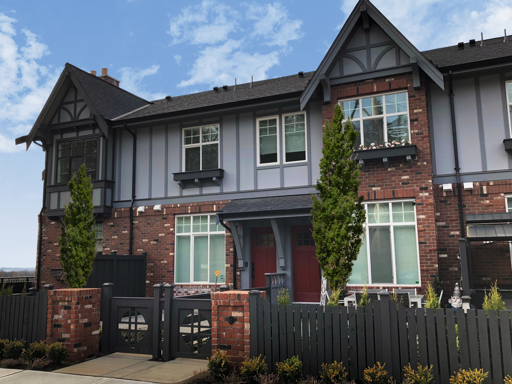 1 Victoria-Drive-Townhomes-with-trees_EKISTICS